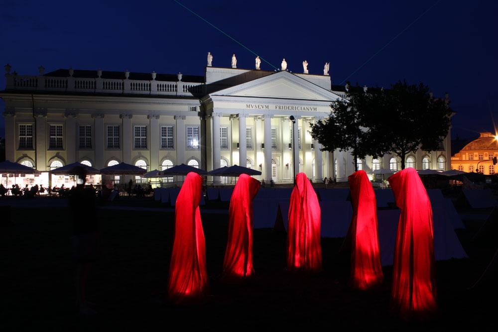 occupy-documenta-kassel-art-time-guards-kili-manfred-kielnhofer-contemporary-art-scupture-form-design-1511