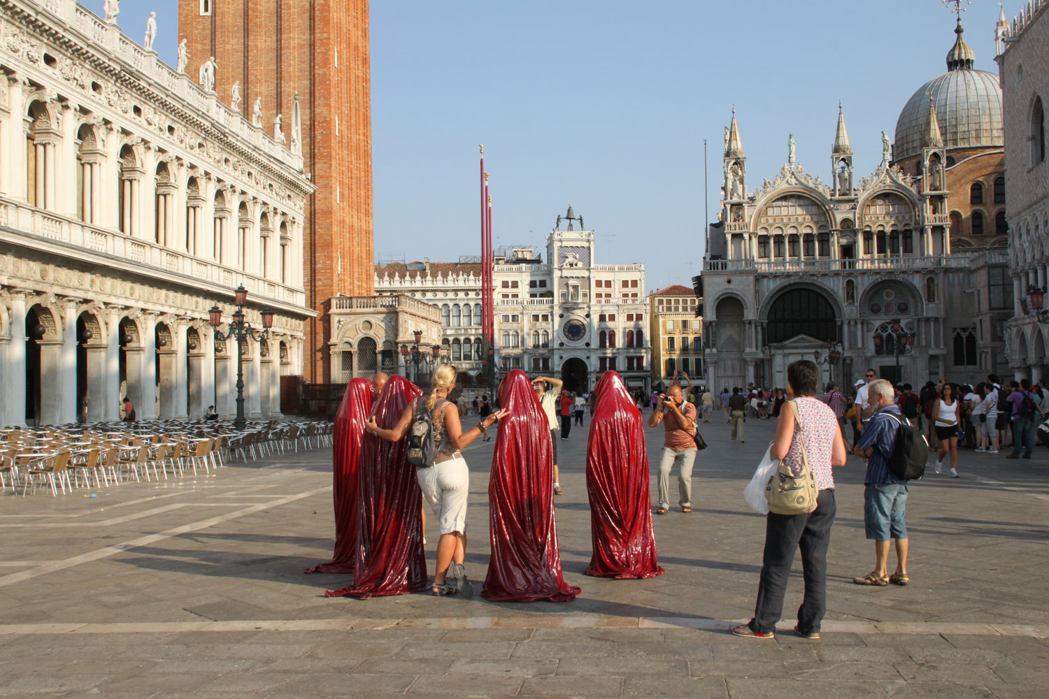 public biennale de arte venice international world light art arts design exhibition sculpture guardians of time manfred kielnhofer 4319