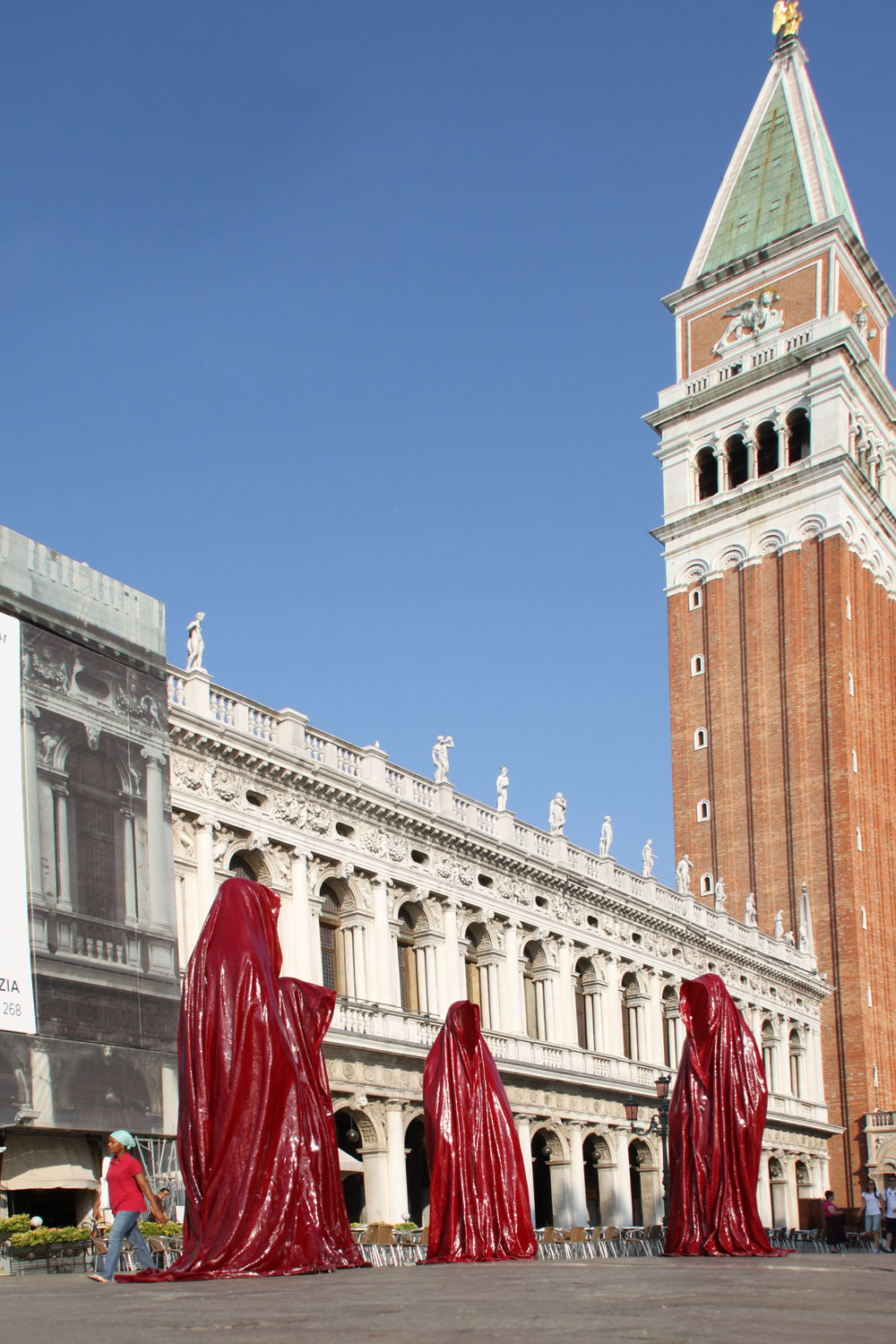 public biennale de arte venice international world light art arts design exhibition sculpture guardians of time manfred kielnhofer 4328x