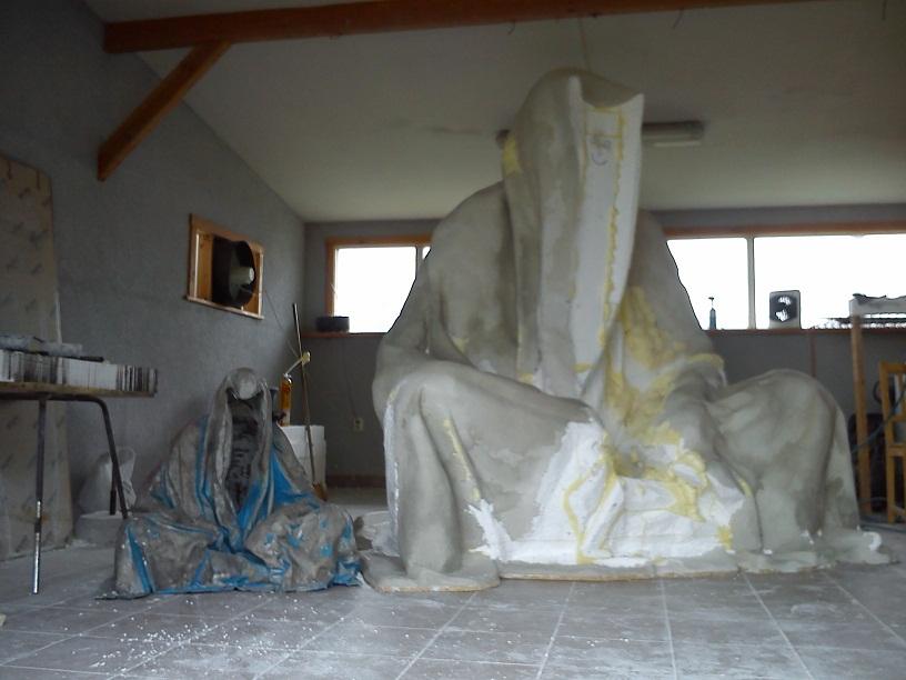 large format guardians of time by Manfred Kielnhofer plastic arts contemporary monumental sculpture0693
