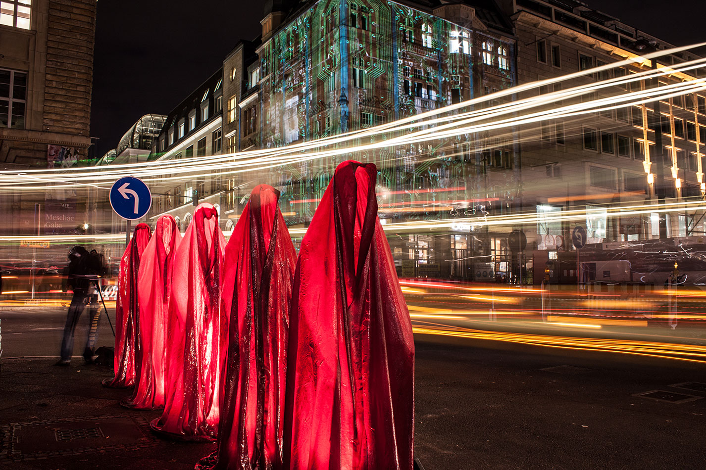 festival-of-lights-berlin-microsoft-light-art-show-exhibition-lumina-guardians-of-time-manfred-kili-kielnhofer-contemporary-arts-design-sculpture-3471