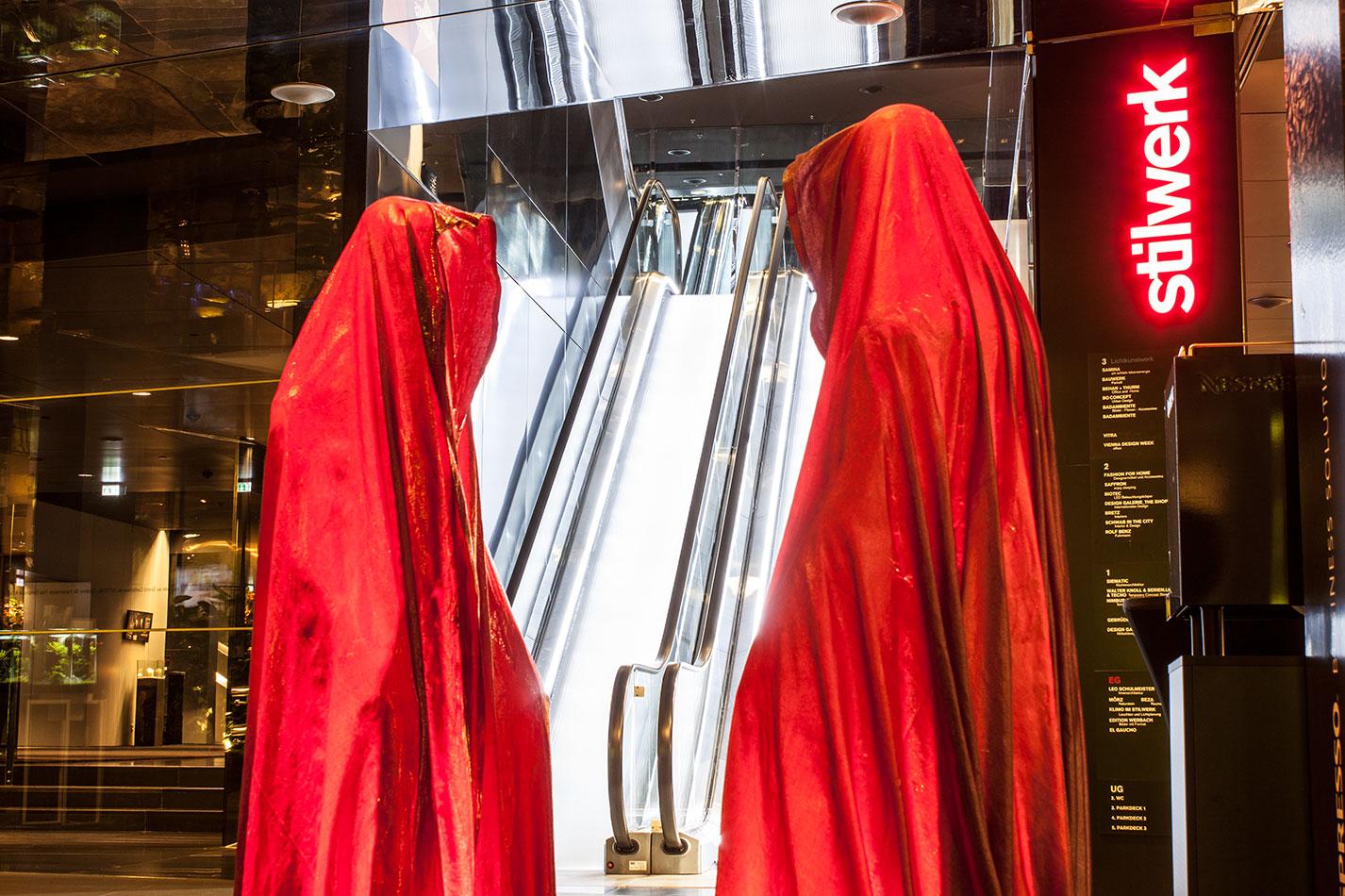 stilwerk-wien-design-tower-vienna-duekouba-designkooperation-guardians-of-time-manfred-kieli-kielnhofer-contemporary-fine-art-arts-design-installation-antique-show-4832