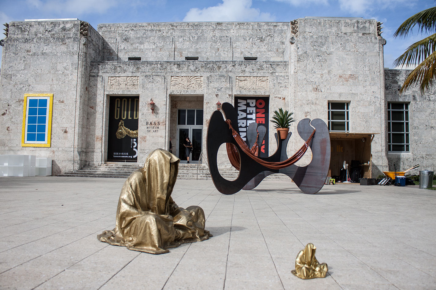 art-basel-miami-beach-fair-usa-florida-bass-museum-guardians-of-time-manfred-kili-kielnhofer-contemporary-fine-art-modern-arts-design-antiques-sculpture-6229