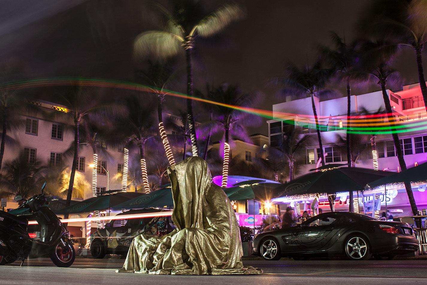 art-basel-miami-beach-fair-usa-florida-bass-museum-guardians-of-time-manfred-kili-kielnhofer-contemporary-fine-art-modern-arts-design-antiques-sculpture-6456