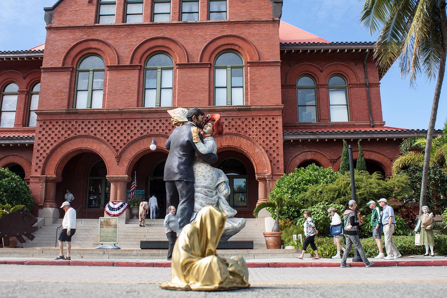 public-art-basel-miami-beach-fair-usa-florida-guardians-of-time-manfred-kili-kielnhofer-contemporary-fine-art-modern-arts-design-antiques-sculpture-6752