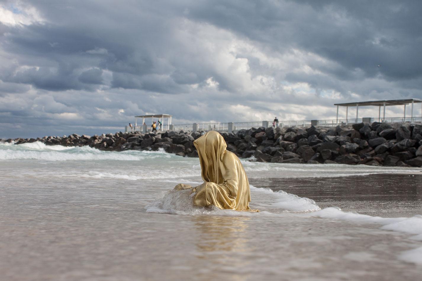 public-art-basel-miami-beach-fair-usa-florida-guardians-of-time-manfred-kili-kielnhofer-contemporary-fine-art-modern-arts-design-antiques-sculpture-6857