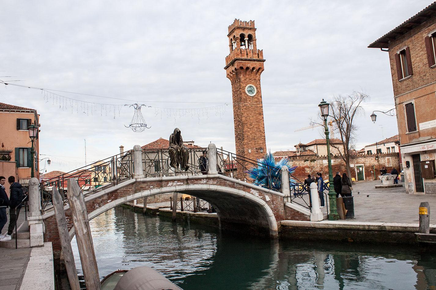 Italia-Venice-Murano-Berengo-glas-studio-glasstress-guardians-of-time-by-Manfred-Kili-Kielnhofer-contemporary-art-design-show-7204
