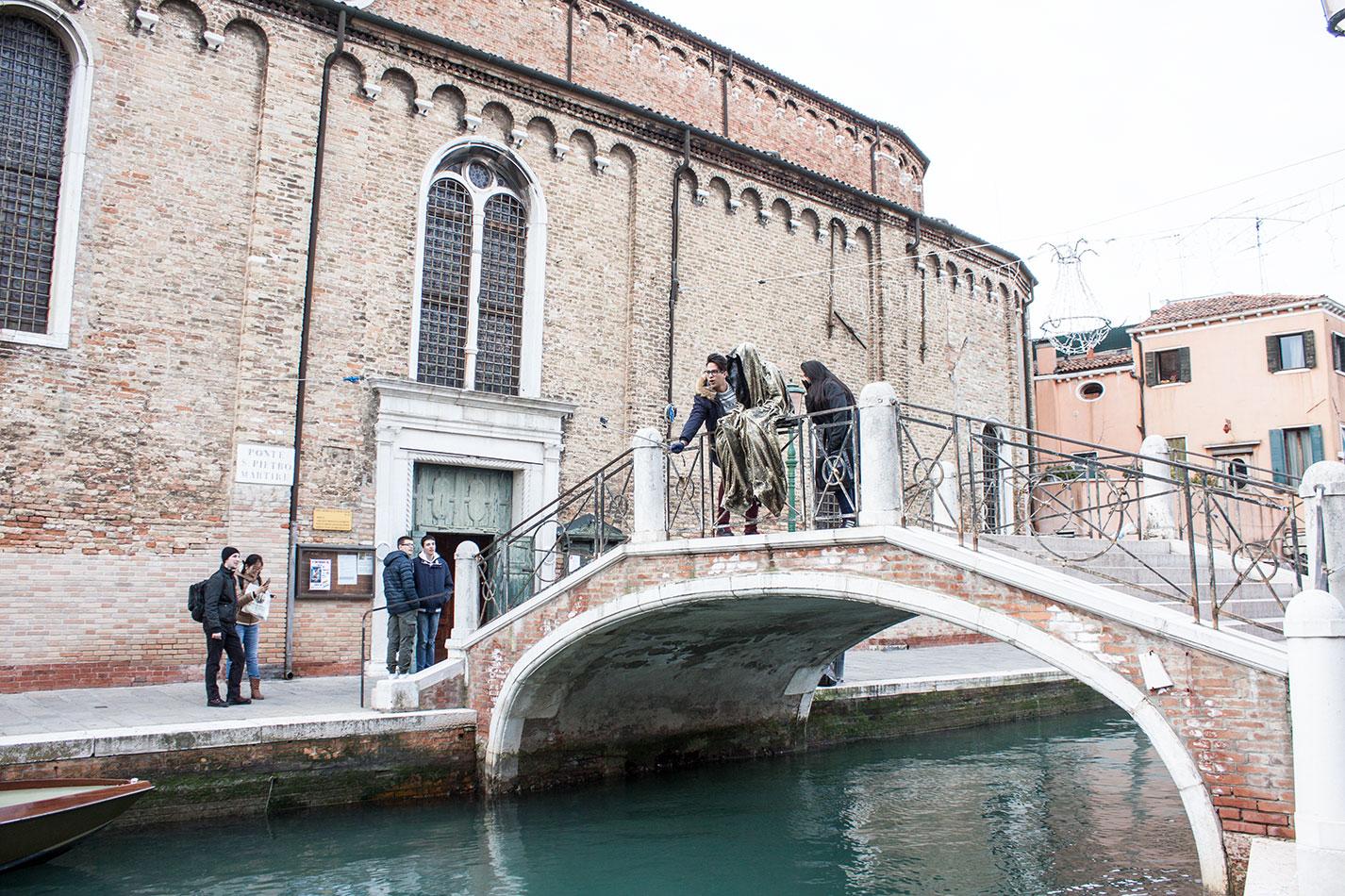biennale-art-italia-venice-murano-glas-berengo-show-guardians-of-time-manfred-kielnhofer-public-contemporary-art-sculpture-design-7218