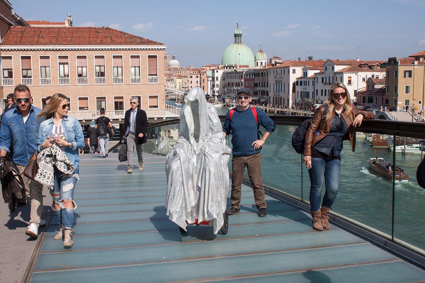 la-biennale-venezia-arte-venice-guardians-of-time-manfred-kili-kielnhofer-contemporary-art-arts-design-sculpture-performance-show-7964