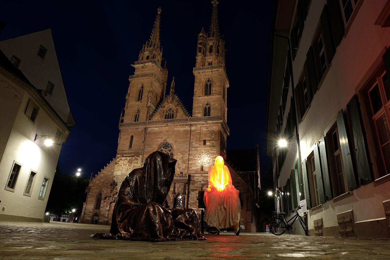artbasel-swiss-scope-art-guardians-of-time-manfred-kili-kielnhofer-large-scale-contemporary-art-design-sculpture-statue-arts-arte-4819