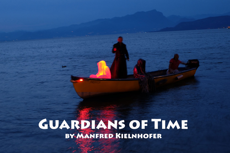 lazise-largo-de-guarda-italia--kouba-designkooperative-austria-guardians-of-time-manfred-kili-kielnhofer-contemporary-art-design-arts-arte-sculpture-theater-foto-film-performnce-avalon-ferryman-3852