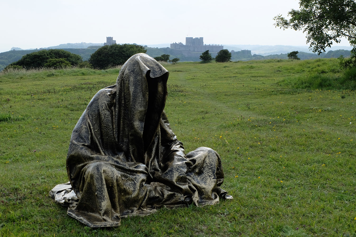 guardians-of-guardians-of-time-manfred-kili-kielnhofer-uk-england-castle-dover-public-contemporary-art-arts-design-sculpture-6327